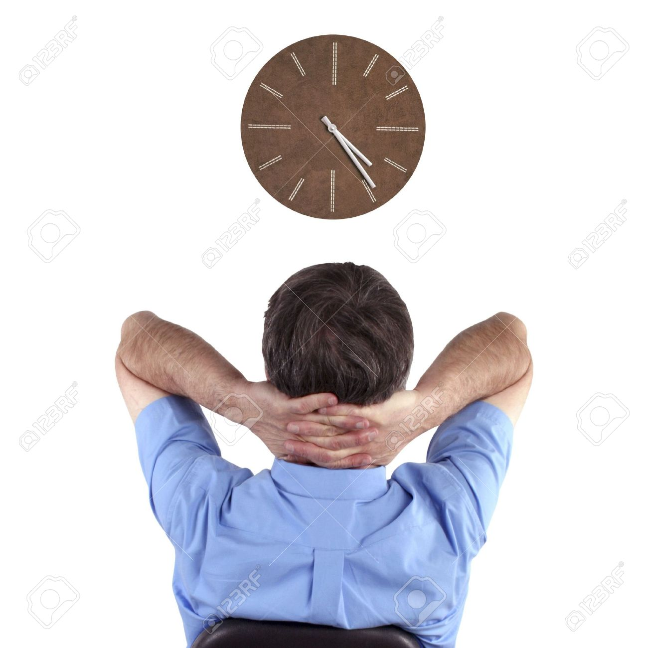 Office-worker-watches-clock.jpg